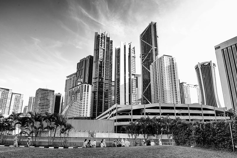 petronas-towers-kuala-lumpur-malaysia-8303-bw.jpg