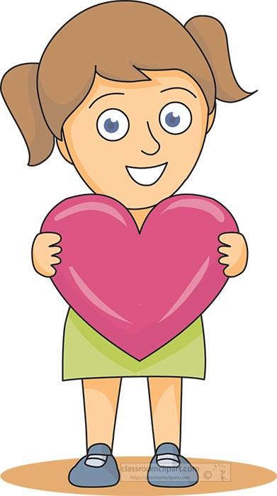 girl_holding_a_heart_12313.jpg