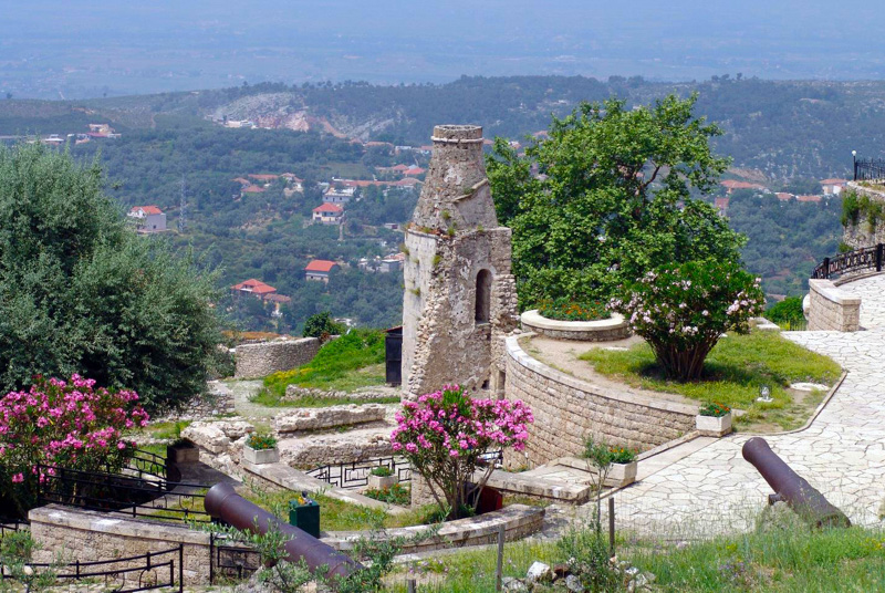 photo-castle-at-kruje-albania.jpg