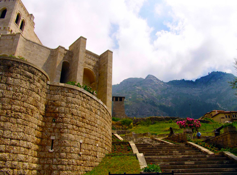 photo-castle-in-kruje-albania.jpg