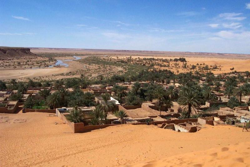 photo-oasis-village-beni-abbes-algeria-2.jpg