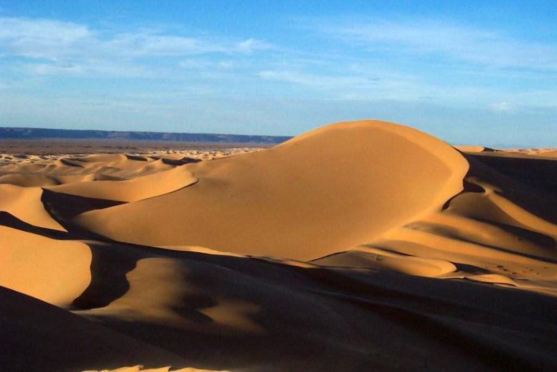 photo-sahara-dunes-at-sunset-algeria.jpg