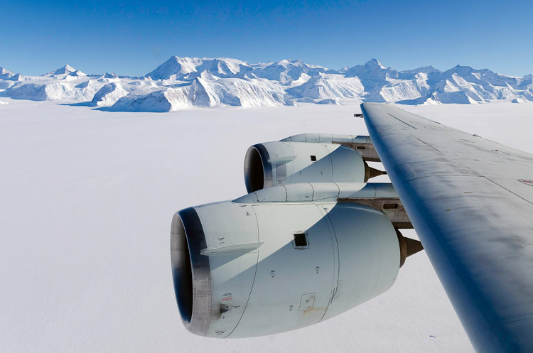 flight-over-antarctica.jpg
