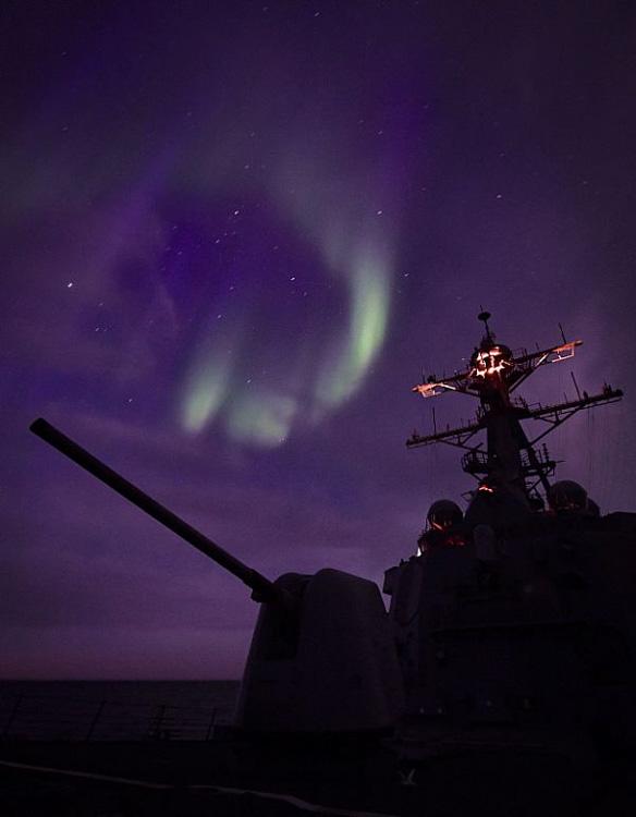 northern-lights-arctic-circle-092-photo.jpg