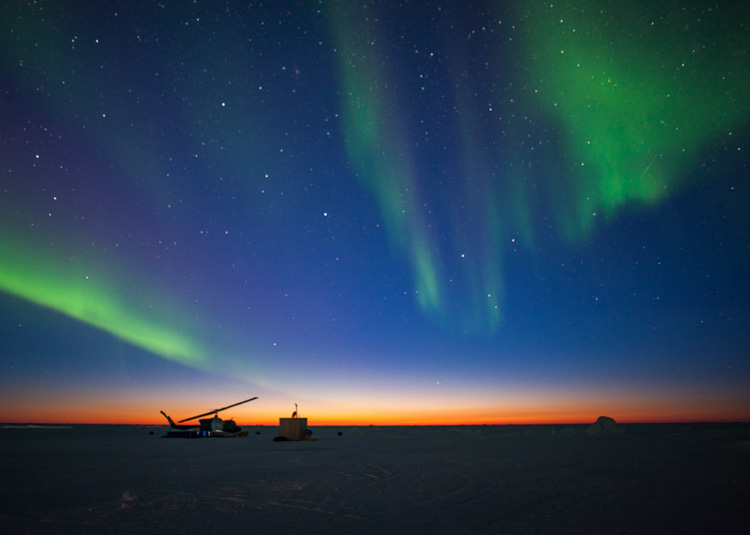 northern-lights-aurora-borealis-008-photo.jpg