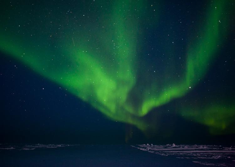 northern-lights-near-the-arctic-circle-007-photo.jpg