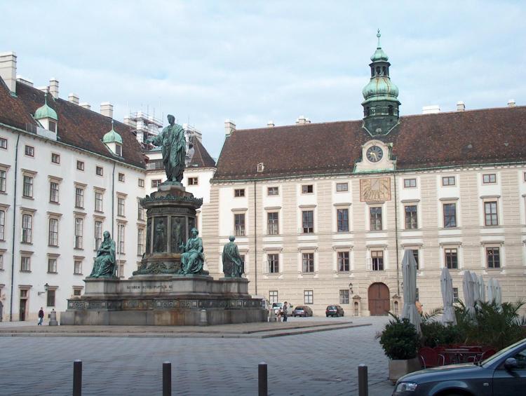 Hofburg-in-Vienna.jpg