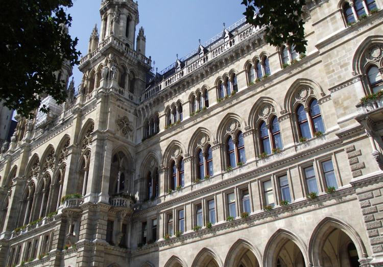 view-of-the-facade-of-the-Rathaus-City-Hall-in-Vienna.jpg