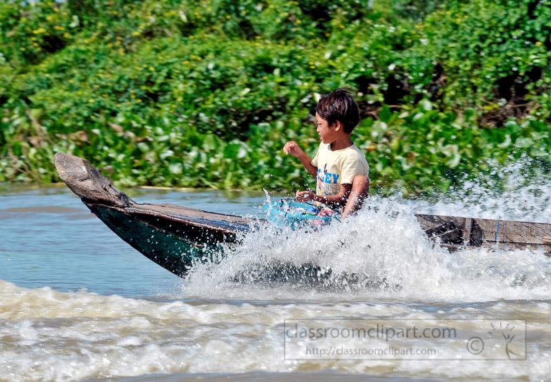Photo-Floating-Village-of-Chong-Khneas-03.jpg