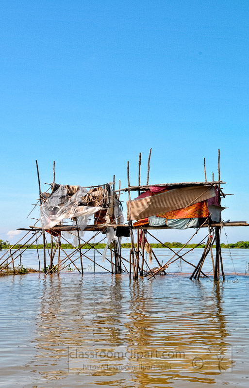 Photo-House-on-Stilts-Floating-Village-of-Chong-Khneas-02.jpg