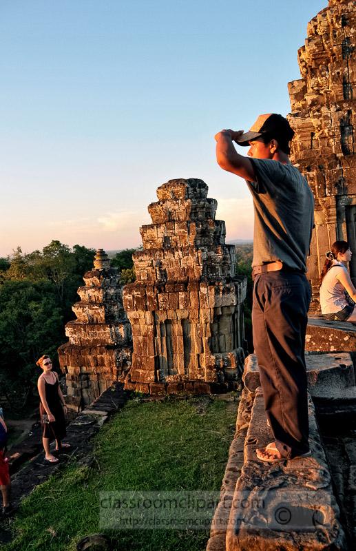 Photo-Sunset-at-Temple-near-Angor-Wat-54.jpg