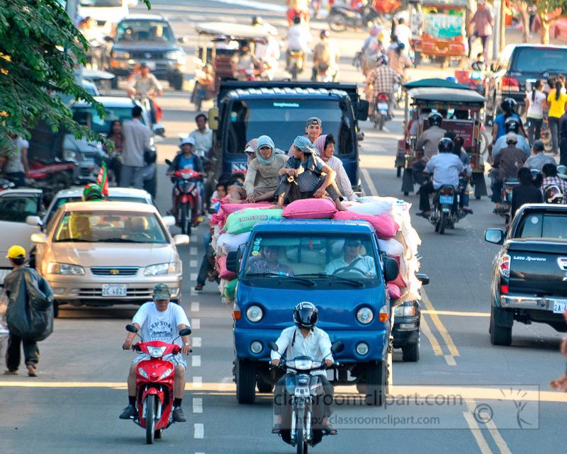 mopeds-trucks-auto-phnom-penh-cambodia-57.jpg