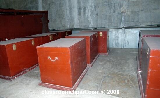 tombs2_42.jpg