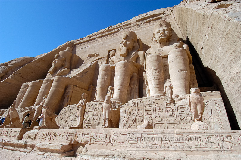 rameses-ii-temple-in-abu-simbel-aswan-egypt-photo-image-3528.jpg