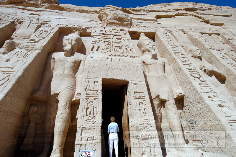 small-temple-in-abu-simbel-aswan-egypt-photo-image-3623.jpg