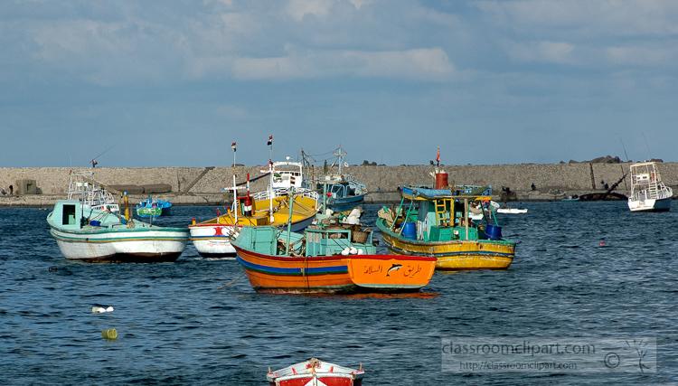 photo-boats-in-harbor-alexandria-egypt-5295.jpg