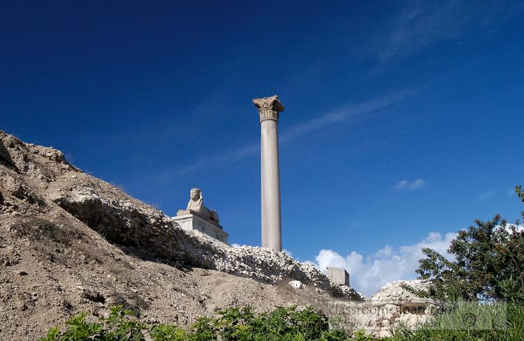 photo-pompeys-pillar-and-sphinx-alexandria-egypt-image-1389a.jpg
