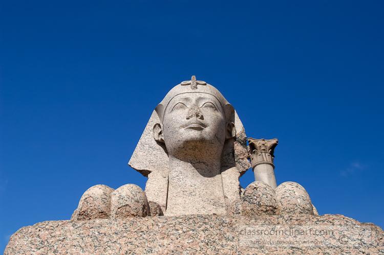 photo-spinx-at-pomeys-pillar-in-alexandria,-egypt-12-04-1420-e.jpg