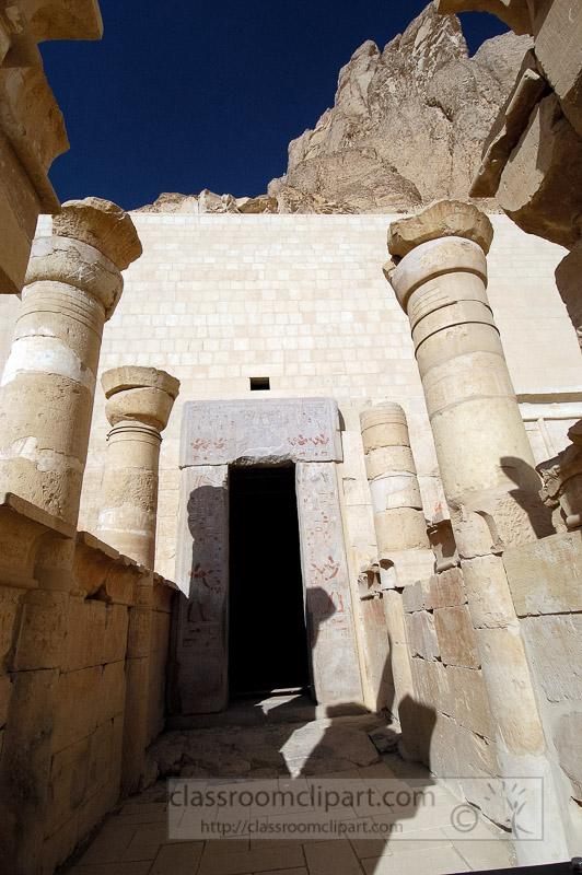 carved-stone-columns-hatshepsut-temple-photo-image_2146a.jpg
