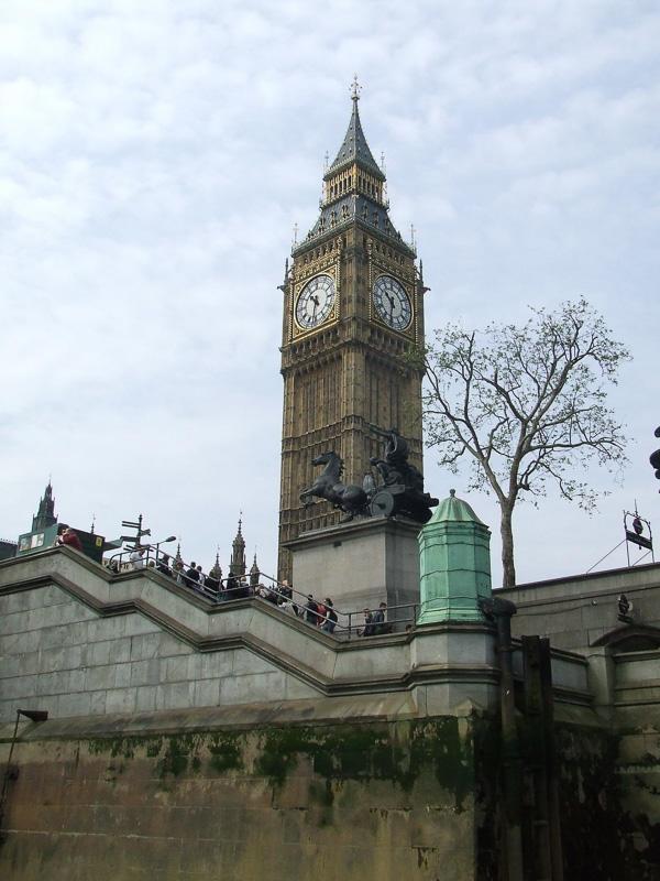 Houses-of-Parliament-Clock-Tower.jpg