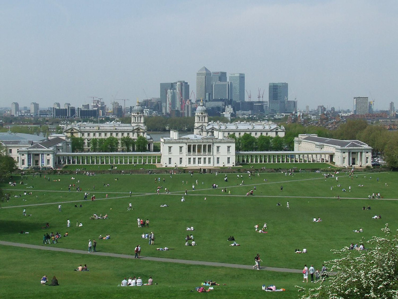 Queens-House-Greenwich-viewed-from-Observatory-Hill.jpg