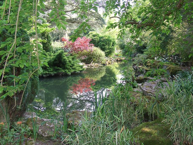Secret-Garden-at-Blenheim-Palace.jpg