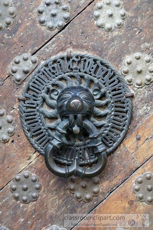 tallin-estonia-decorative-door-image-02380A.jpg