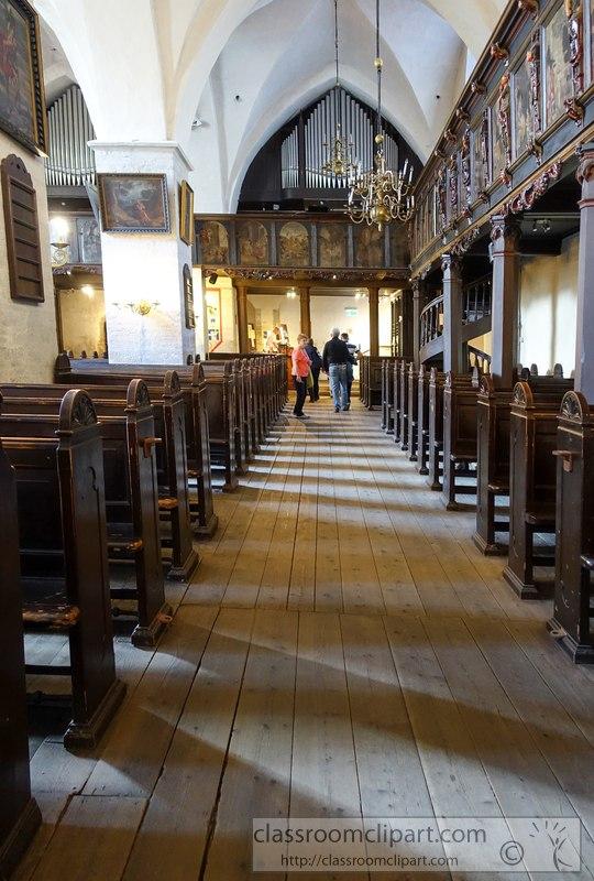 tallin-estonia-interior-old-church-image-02374A.jpg