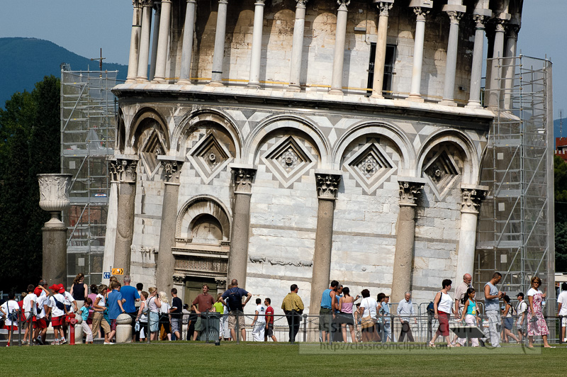 Photo-learning-tower-of-pisa-1265A.jpg