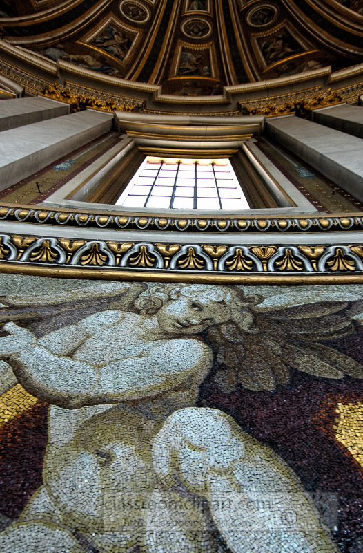 close-up-dome-interior-st-peters-basilica-photo_0939L.jpg