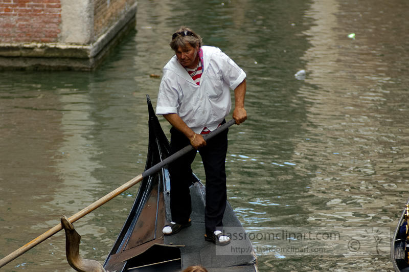 Venetian-gondolas-Photo-1738.jpg