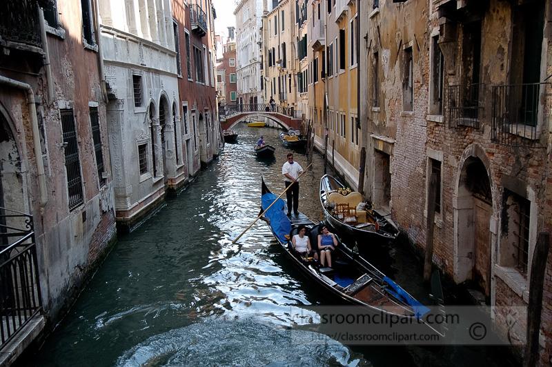 bGondolas-long-the-Grand-Canal-Venice-Italy-8458.jpg