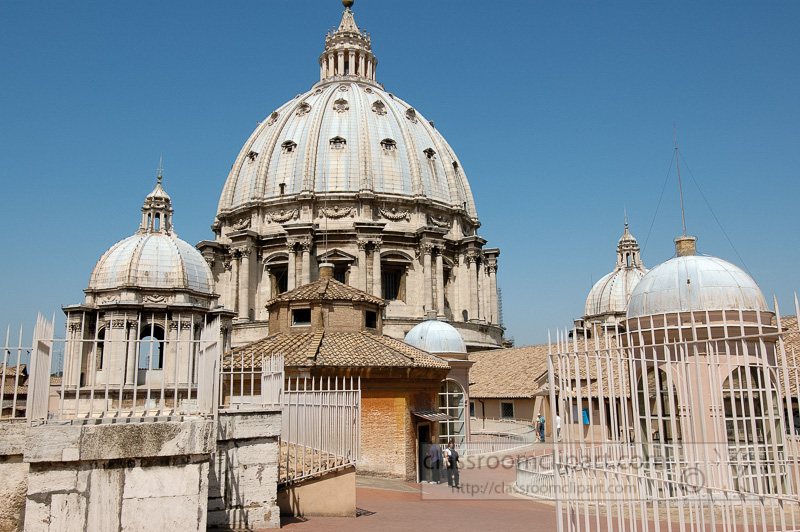 view-of-cupola-st-peters-basilica-rome-photo_0972A.jpg
