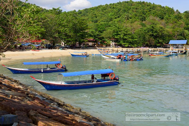 colorful-boats-langkawi-malaysia-7595.jpg