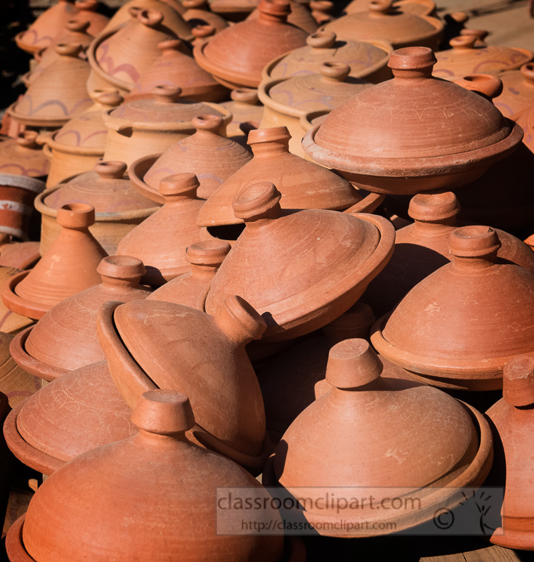 Clay-Handmade-Tajine-Pots-Photo-Image-7062E.jpg