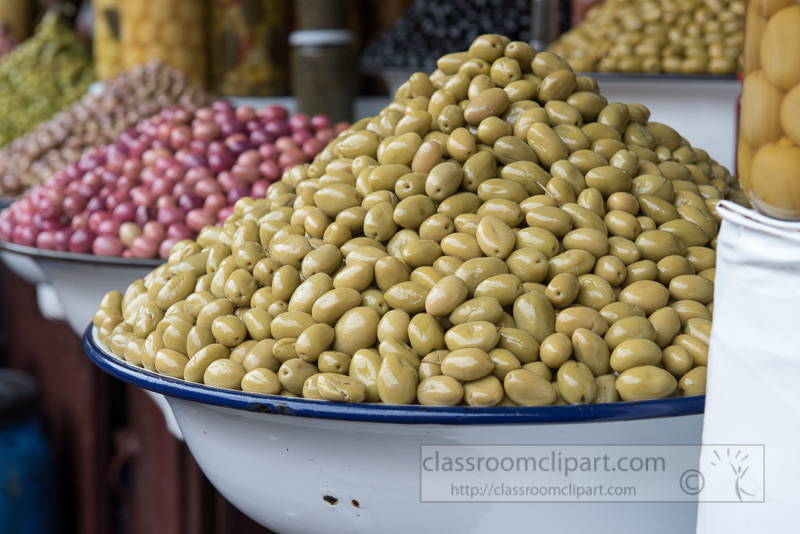 Fresh-olives-at-moroccan-market-in-Marrakesh-photo-image-6392-2.jpg