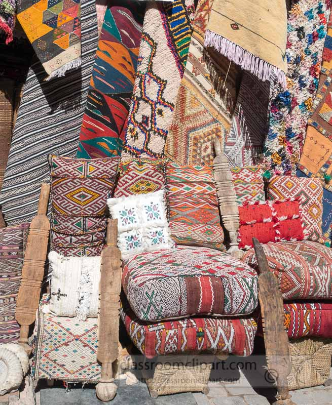 Textiles-Carpets-for-sale-the-souk-Marrakech-Morocco-06264.jpg