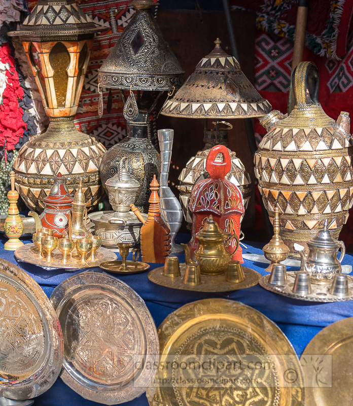 decorative-metal-plates-and-silver-boxes-on-the-market-in-Marrakech-Morocco-5878E-2.jpg