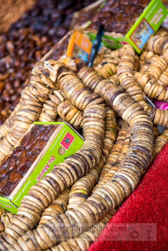 dried-figs-for-sale-at-stall-main-square-Marrakesh-photo-5985.jpg