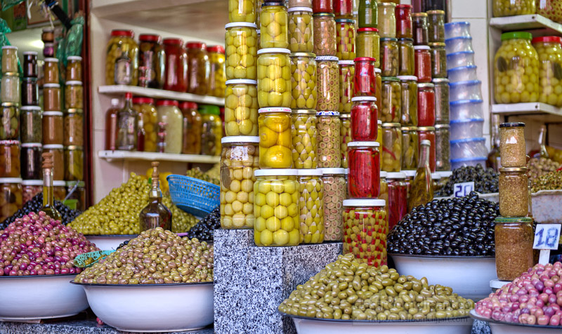 jars-pickled-olives-on-a-traditional-Moroccan-market-photo-5886.jpg