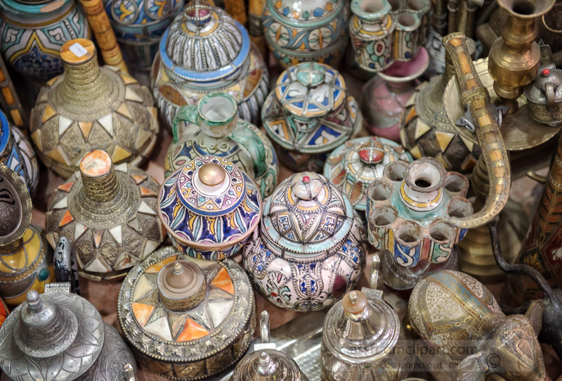 variety-ceramic-and-metal-vases-found-in-souks-marrakesh-5903E.jpg