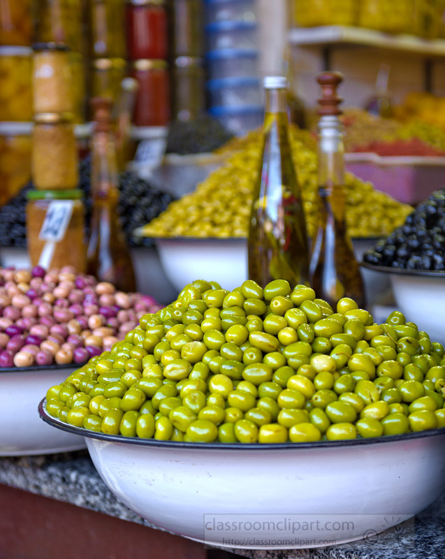 variety-of-colorful-olives-for-sale-at-traditional-Moroccan-market_5889.jpg