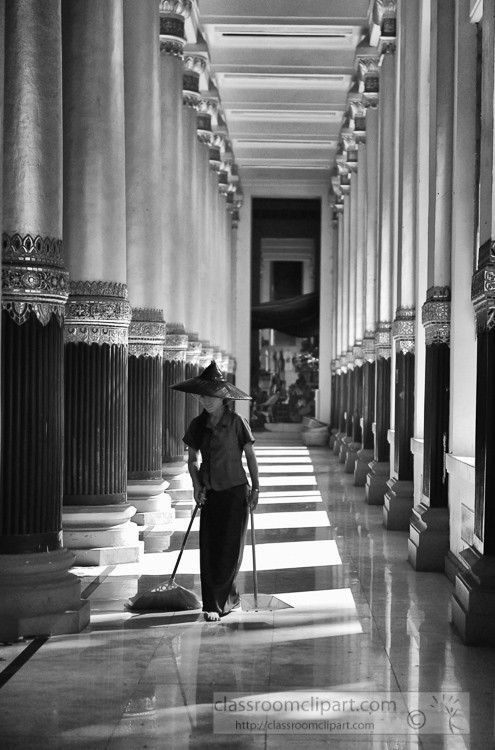 Burmese-Woman-cleaning-floor-Shwedagon-Pagoda-in-Yangon-Myanma-550-bw2-3.jpg