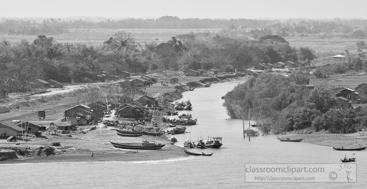 Life-along-the-Yangon-River-Myanmar-6313ABW.jpg