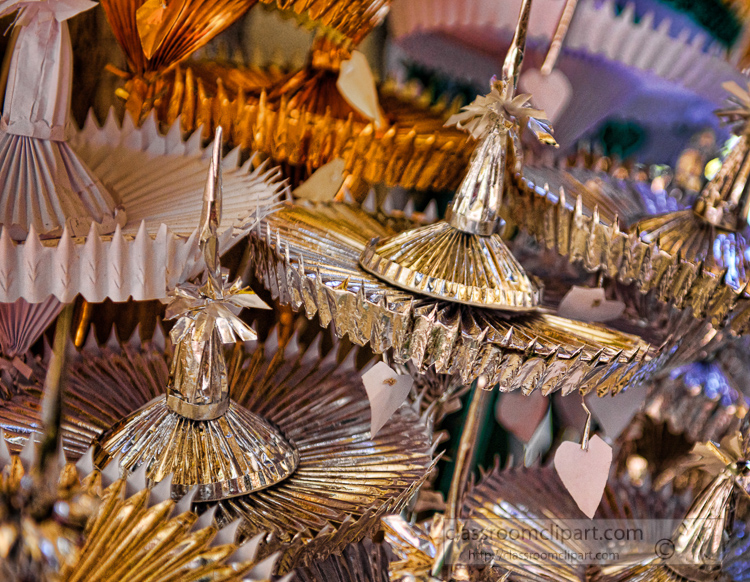 decorative-items-shwedagon pagoda yangoon myanmar-6552a.jpg