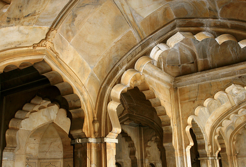 picture-of-white-marble-Moti-Mosque-pakistan-mitchell-212a.jpg
