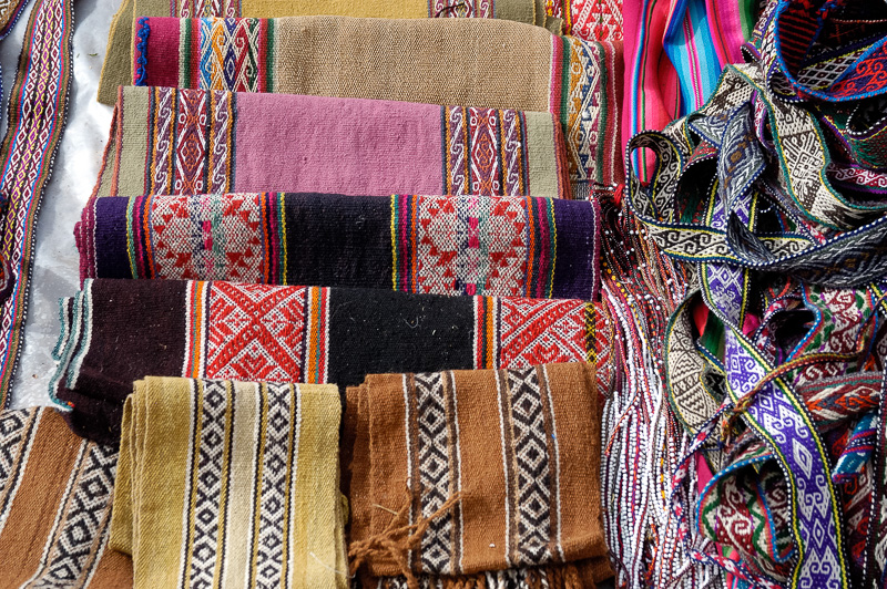 Colorful-wooven-textiles-Cuzco-Peru_006.jpg
