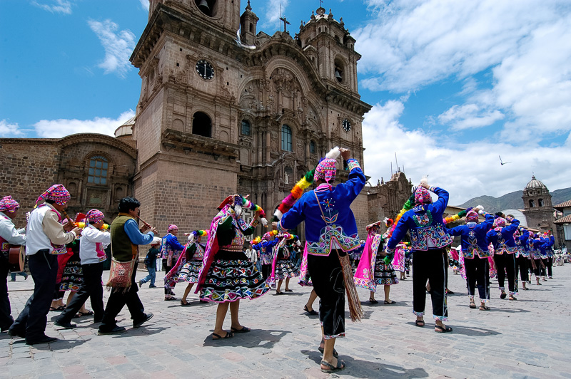 Dancers-at-Plaza-de-Armas-Cuzco-Peru-Photo-_002.jpg