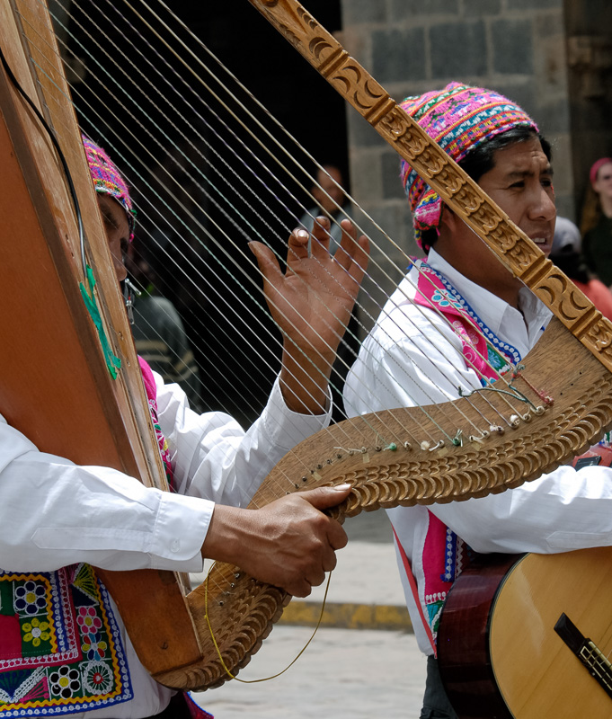 Musicians-at-festival-cuszo-peru-Photo_003.jpg