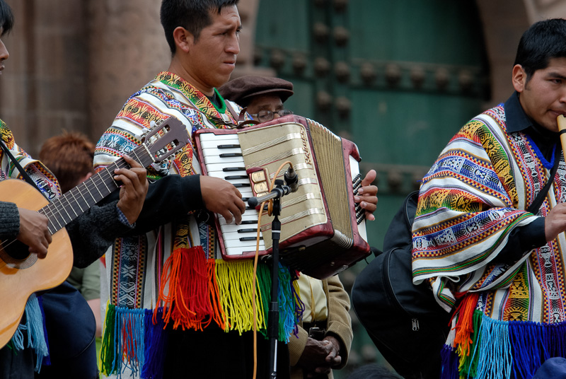 Musicians-in-bright-costume-cusco-peru-Photo-012.jpg
